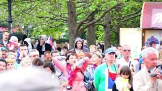 Крым. 70 лет победы 9 мая  Играет. Образцовый молодежный эстрадно симфонический оркестр Севастополя.