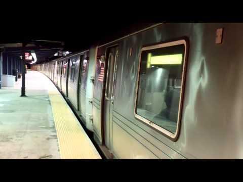IND Rockaway Line: Brooklyn-bound R46 A Train@Broad Channel