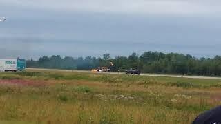 Video Airshow Rivière du Loup.Qc download MP3, 3GP, MP4, WEBM, AVI, FLV Juli 2018