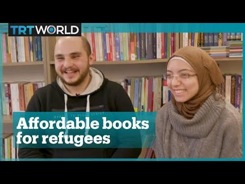 Syrian couple runs lending library in Istanbul