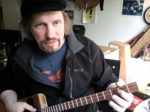 Trouble in Mind - cigar box guitar lesson