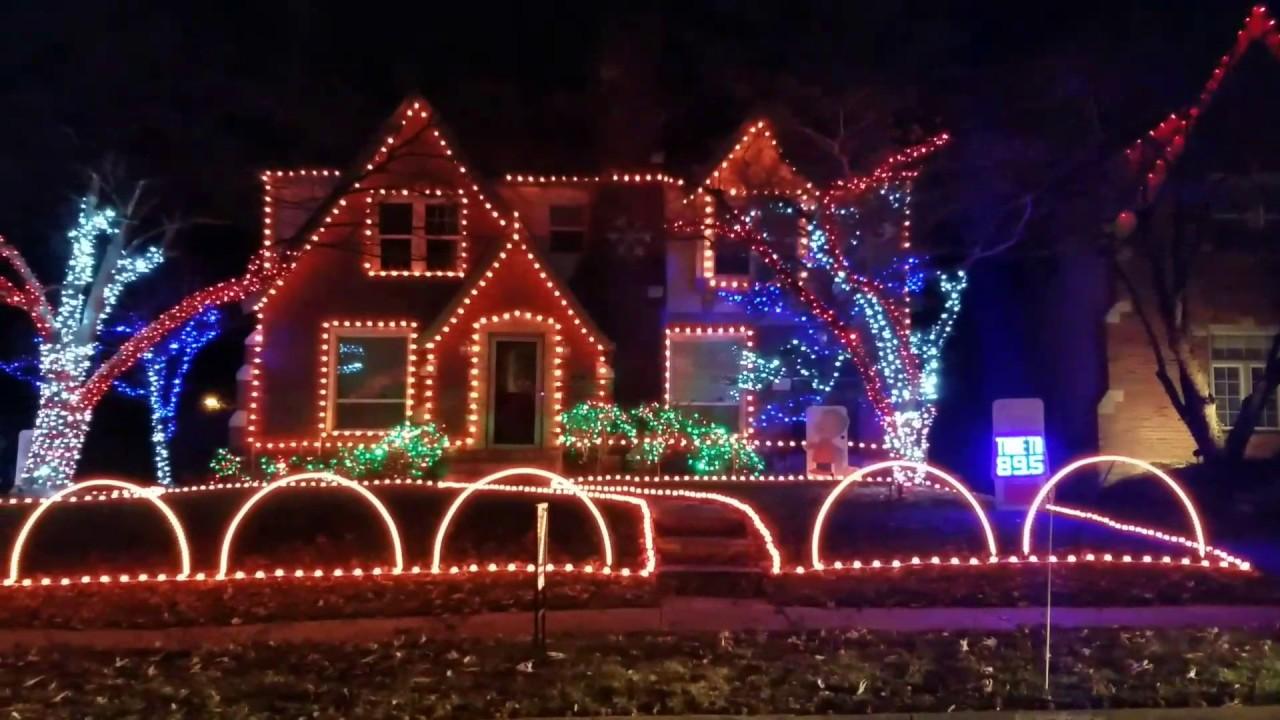 Star Wars Kansas City Christmas Light Show - YouTube