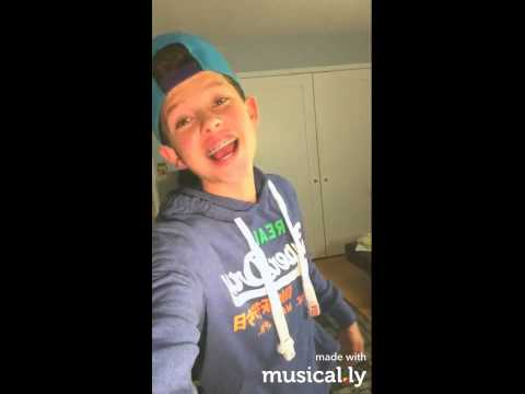 Lost Boy [MUSICAL.LY]