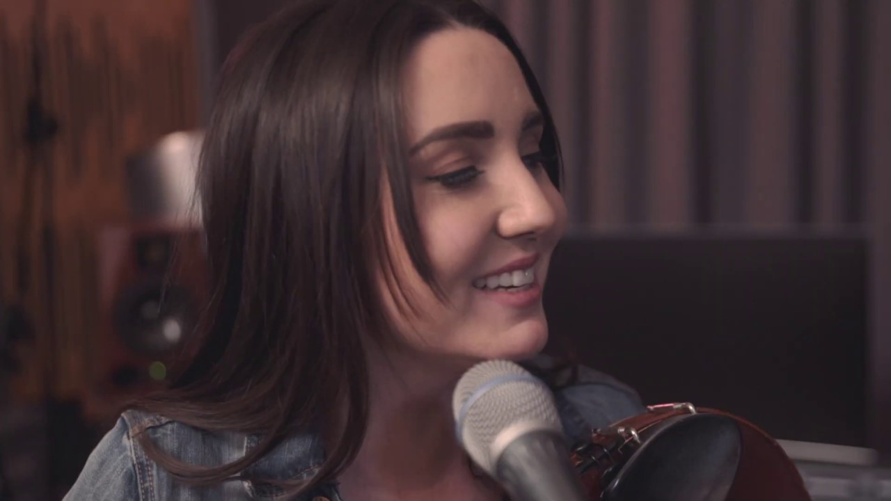 CARRON - Runaway by The Corrs (Live Cover)