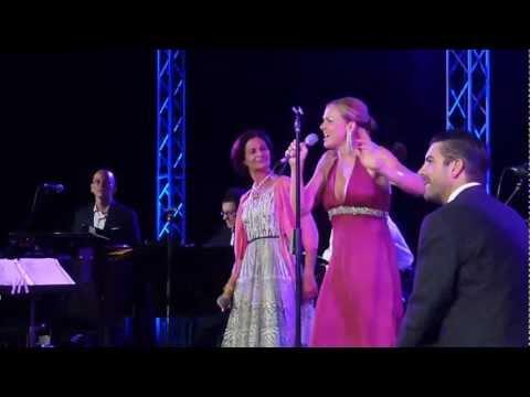 UNA NOTTE A NAPOLI - ALBA CLEMENTE & STORM LARGE - Pink Martini