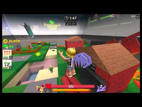 Roblox - Super Bomb Survival - Lobby part glitched into game