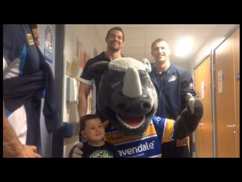 Leeds Rhinos and LRF visit Leeds Children's Hospital