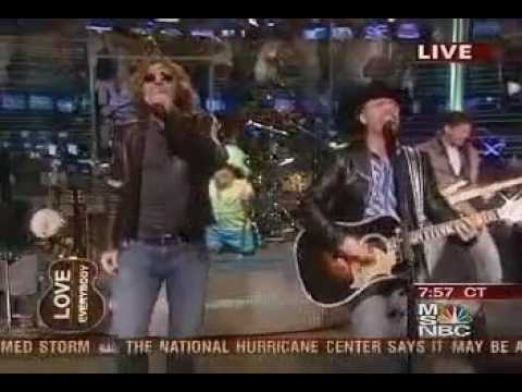 Big and Rich Featuring Cowboy Troy - Rollin' LIve