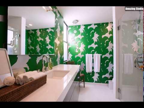 kleine g ste wc mit bright green tapete gestaltung der. Black Bedroom Furniture Sets. Home Design Ideas