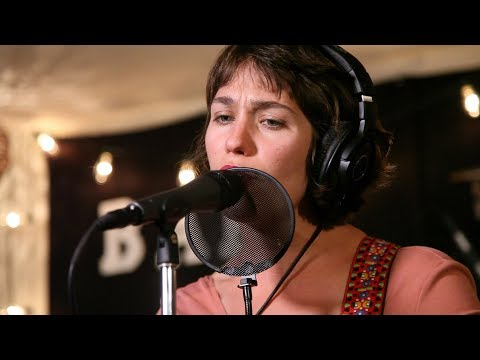 Lola Kirke, Lilah Larson, & Wyndham Live Performance Bard Rock Studio
