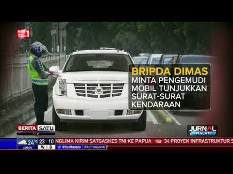 Kronologi Mobil Mewah Seret Polisi