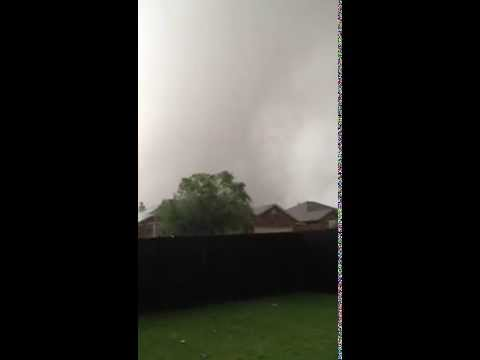 Moore Texas Tornado From One Block Away