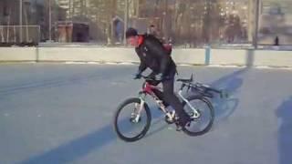 Дрифт на велосипеде(, 2012-02-24T11:19:10.000Z)