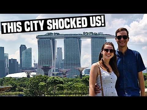 SINGAPORE FIRST IMPRESSIONS Marina Bay & Supertrees PLUS Trying First Hawker Food | Singapore Travel