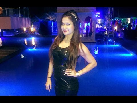 Female Anchor Emcee Available for Corporate Wedding Events Indore Bhopal Ujjain Dewas