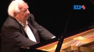 Daniel Wayenberg speelt Beethoven in De Speeldoos
