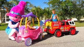 ELIS little girl PLAY with TROLL mommy POPPY and THOMAS power wheel RESCUE with FIRE TRUCK