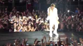 Justin Bieber - All Around The World (HD)