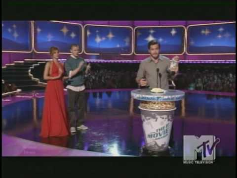 MTV (MOVIE) AWARDS BEST VILLAIN AND BEST KISS