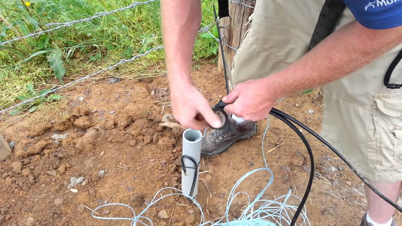 running cable through conduit youtube rh youtube com