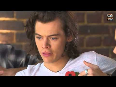 Harry Styles Talks About Hookup Taylor Swift