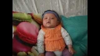 DSCF7265ous avez un beau sourire à cette vidéo bébé shanelle,,, je t