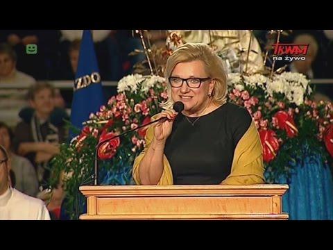 Beata Kempa oddaje hołd Rydzykowi!