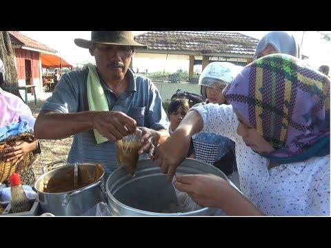 GOKIL !!! DALAM SEHARI 35 KG SATE KOJEK HABIS TERJUAL (Bengkulu Street Food)