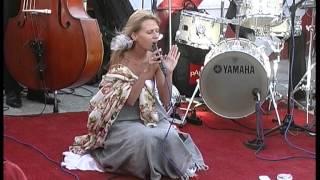 Катя Чили - концерт на крыше -Выход в Астрал