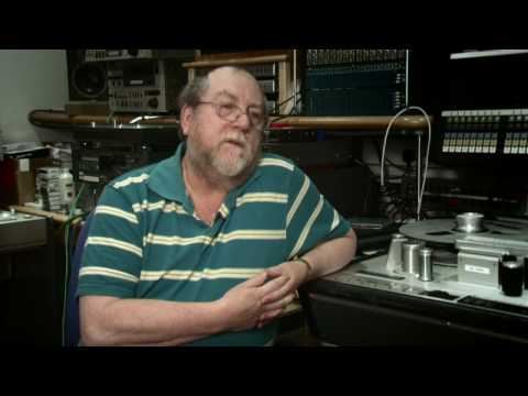 Richard Hale & Peter Mew on ABBEY ROAD  70s DRUMS  Native Instruments