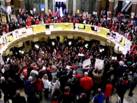 Mass protest in Wisconsin against union-busting bill