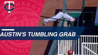 Tyler Austin makes catch and flips over railing