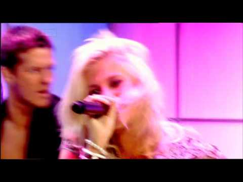Pixie Lott- Boys and Girls(Live On Loose Women)