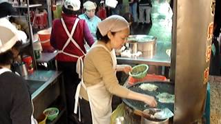 Taiwan, Keelung - ústřicová omeleta s kokosovým mlékem