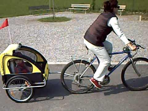 Carrello porta bimbo per bicicletta ammortizzato 25apr10 - YouTube