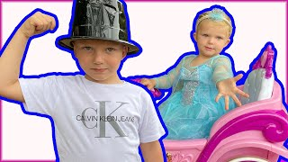 Kids pretend play funny story about Elsa with Martin and Monica