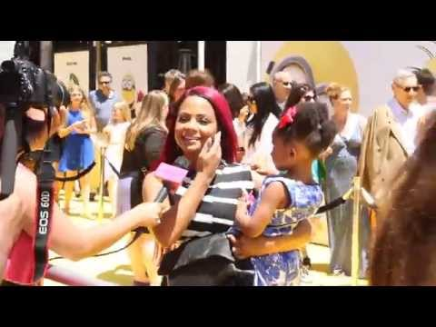 Christina Milian at Dispicable Me Spotted with Daughter on The Red Carpet thumbnail