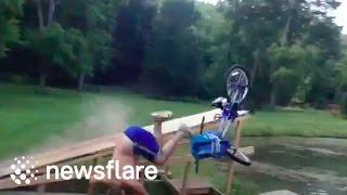 بالفيديو.. نهاية مؤلمة لرجل حاول القفز في البحر بدراجته