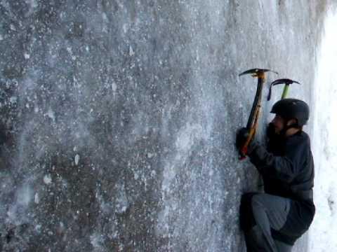 Extreme Ice Climbing.AVI