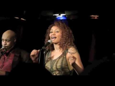Gary Wiggins feat. Francisca Urio / A-Trane / Zusammenschnitt