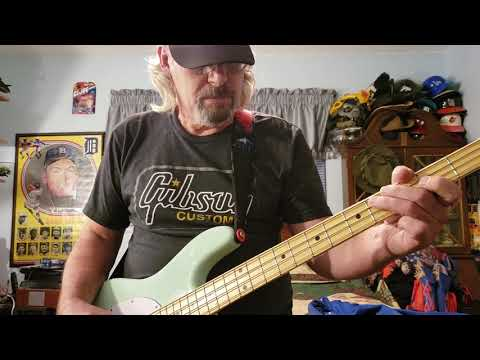 MusicMan Sting Ray Sterling Bass guitar review.