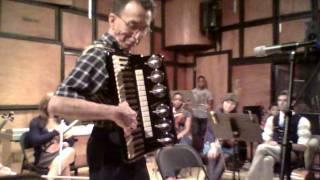 Amazing Violin Teacher on Accordion...Flick Flack by Vossen