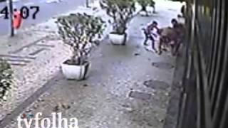 Rio de Janeiro - Assaltos viram rotina no Arpoador.