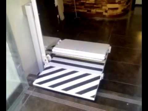 Elevador salvaescaleras vertical plegable mod espi youtube for Salvaescaleras vertical