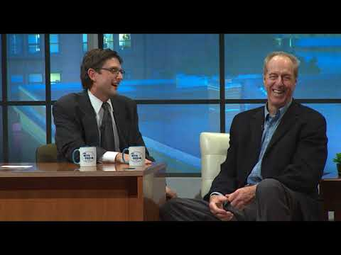 Nite Show Highlight: Dave Cowens Plays Ladder Basketball