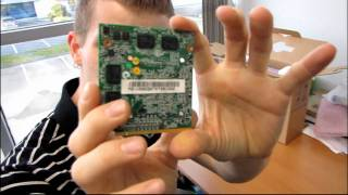 OCZ Avenger AG2 DIY Barebones Notebook Unboxing & First Look Linus Tech Tips