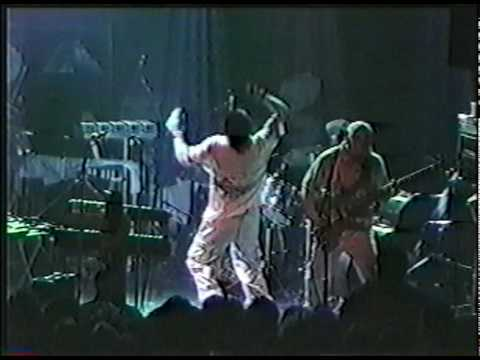 Mr Bungle - Live - Drug Me - Dead Kennedy's cover - 11/8/99