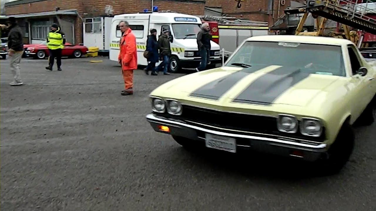 48 New Year S Day Brooklands 2015 Muscle Car Drive By Youtube