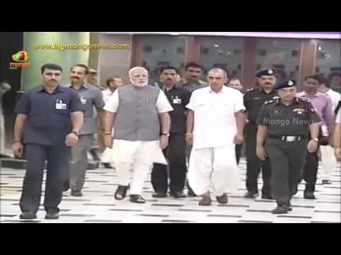 PM Narendra Modi visits Jaswant Singh in hospital