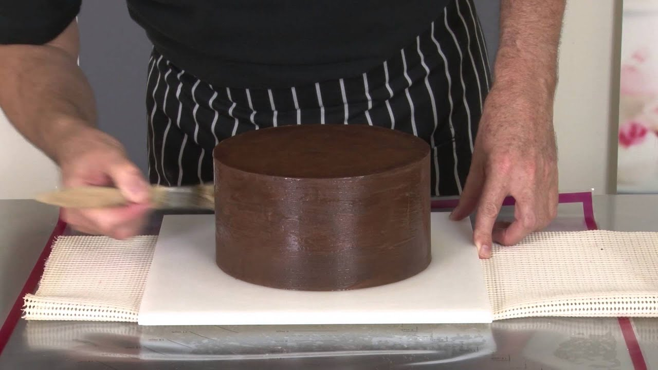 Covering A Cake Board With Chocolate